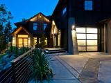 Nanaimo luxury homes