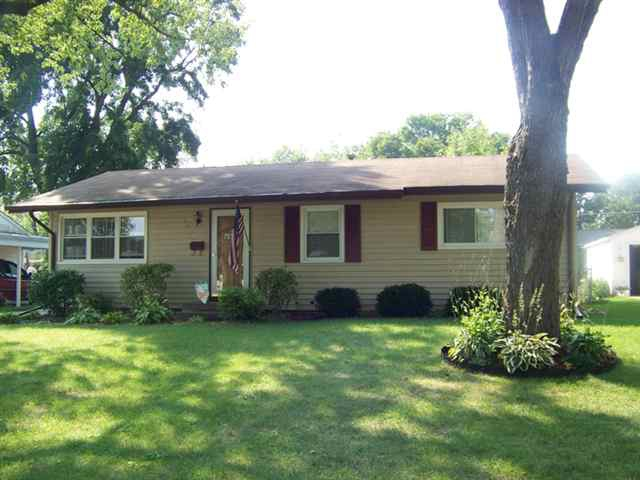 home for sale in bettendorf iowa