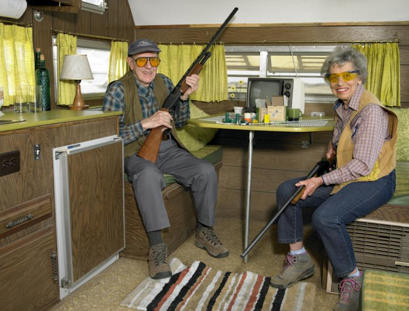 senior citizen with gun, warning to new realtors