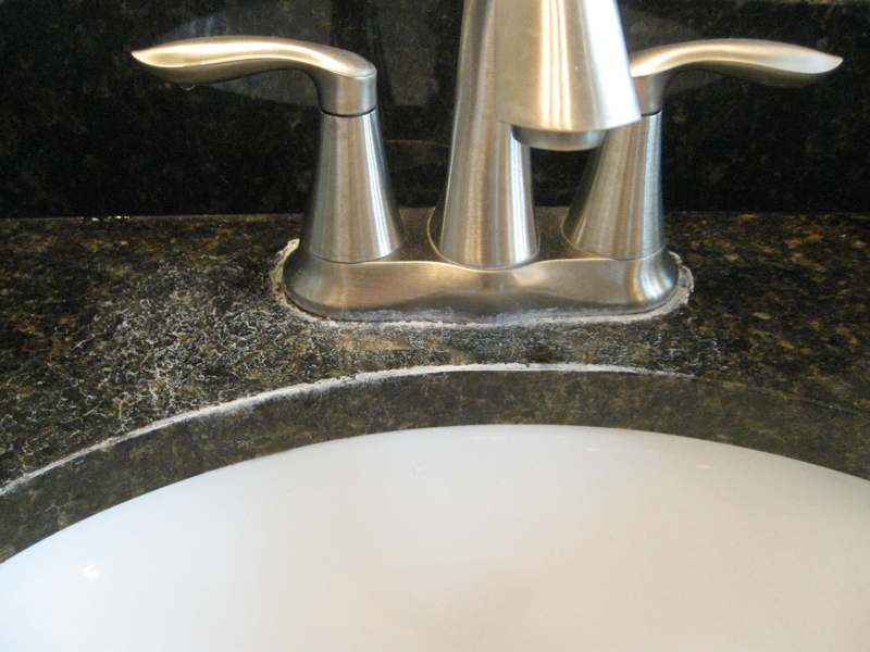 Hard Water Spots out of Granite Counters - Vinegar and Water