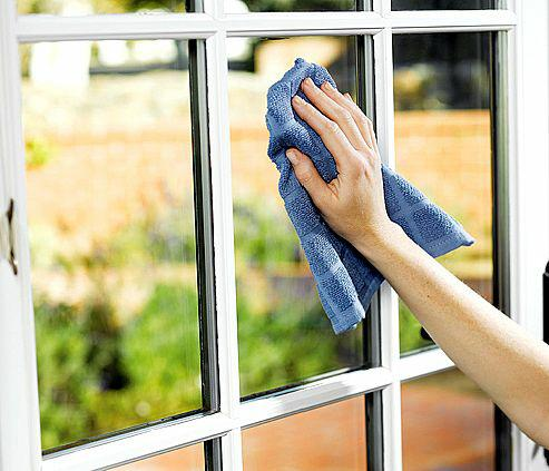 Clean homes will reduce a home sellers' days on market!