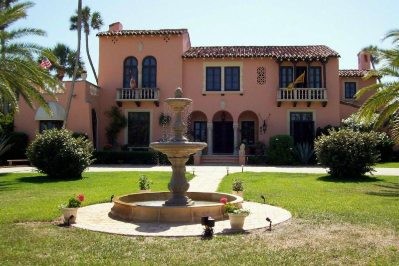 spanish villa front