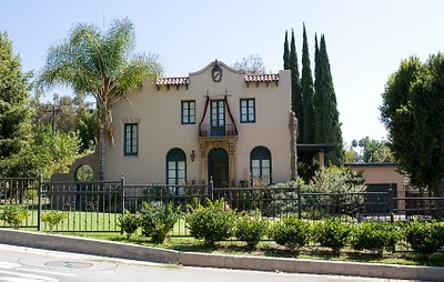 Los angeles 411 the historical upton sinclair house in for Historical homes in los angeles