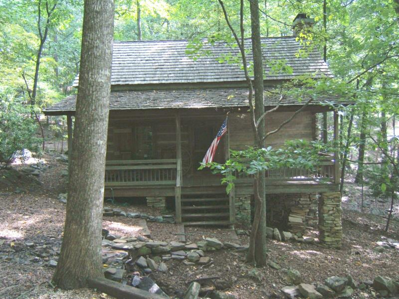 Wed Photo The Cabin With A Preachers Porch In Big Canoe