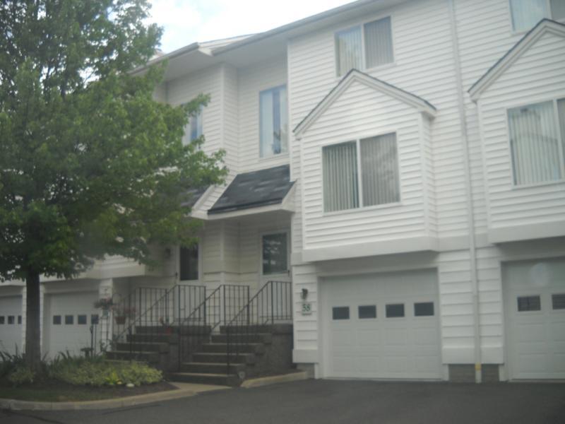 Summitview Townhome, South Street Danbury