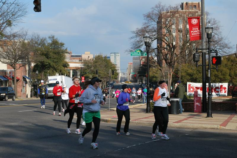 Beautiful day for the mercedes marathon birmingham alabama for Mercedes benz marathon birmingham