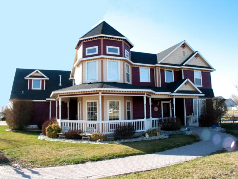 Victorian style home for sale house design plans for Victorian style kit homes