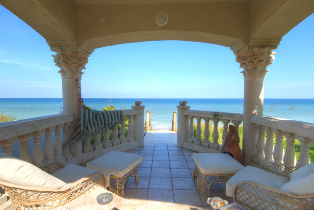 OCEANFRONT ESTATE FOR SALE IN MELBOURNE BEACH FLORIDA, WATERFRONT LUXURY LIVING