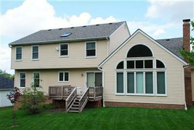 32996 Lisa Lane Solon Ohio Rear of home