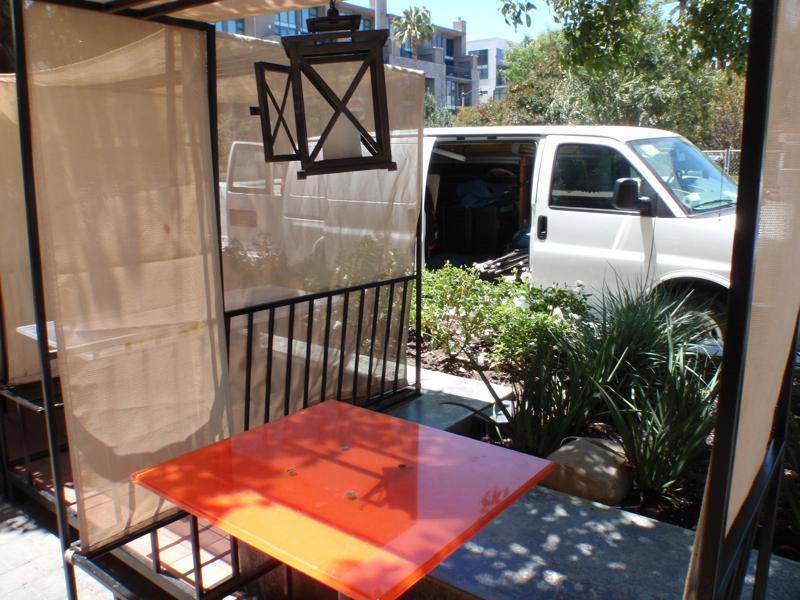 picnic a pet friendly restaurant in Playa Vista,CA