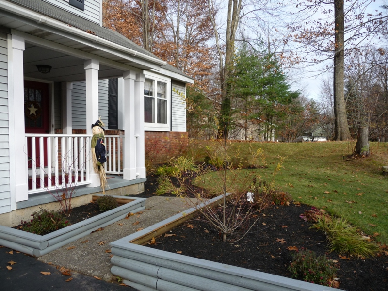Homes for sale in Halfmoon NY near global foundries with a large lot on farm to market rd