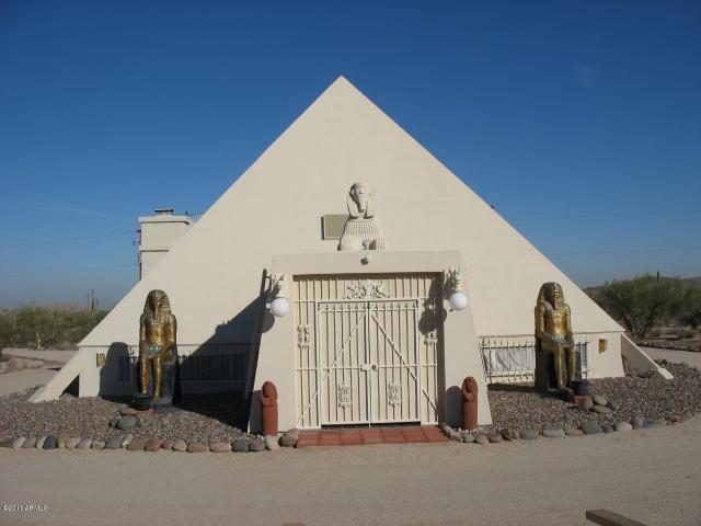 Be Pharaoh In Your Own Pyramid In Maricopa Az