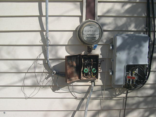 proper electrical service is required rh activerain com 30 amp fuse box to circuit breaker old 30 amp fuse box