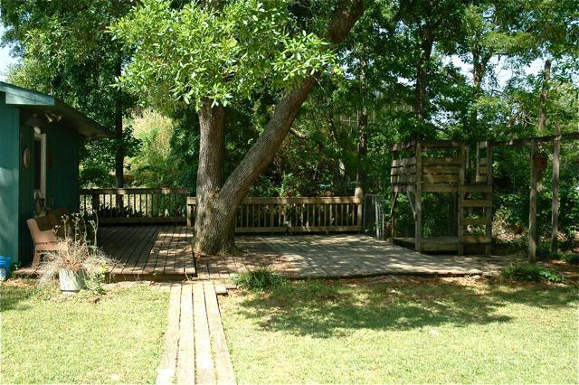 808 Broadmoor, Lafayette, LA 70503 - Back yard