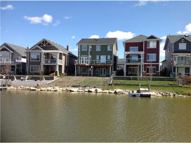 Two Storey Homes - HomesbyJones.ca