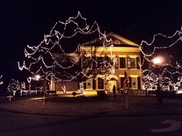 Christmas Town In Georgia Dahlonega.Dahlonega S Christmas Tree