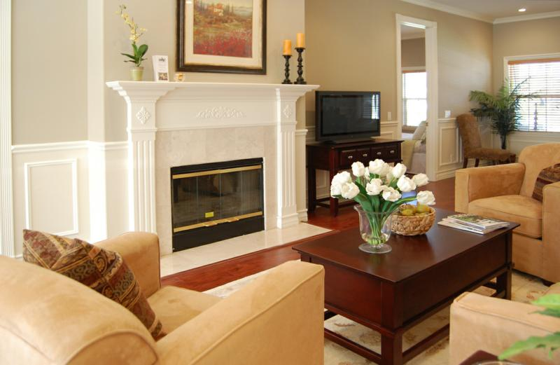 staged living rooms alhambra home staging an updated craftsman 10585