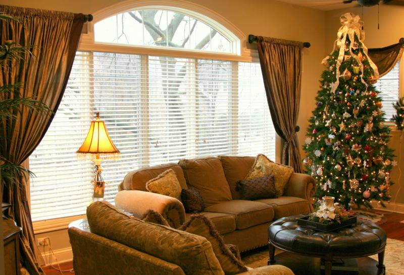 Window Treatments Large Window Big Results Powder Room Velvet