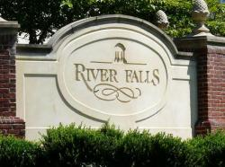 River Falls, Woodbridge VA Entry
