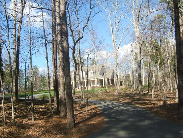 Upscale estate on large lot Westlake Valley Sanford, NC