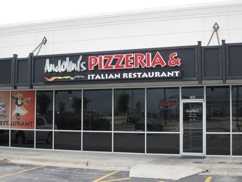 Welcome to andolini 39 s pizzeria and italian restaurant in for Andolinis