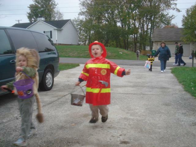 Fireman visits the Kentucky Home Inspectors yard