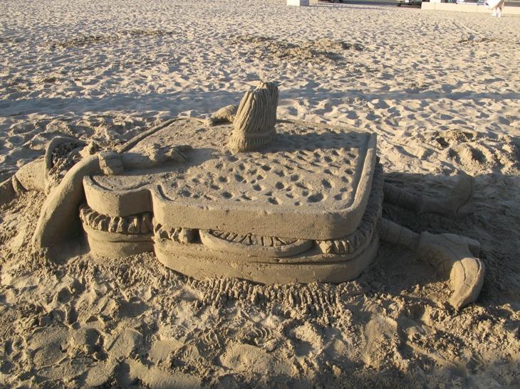 Corona del Mar sandcasstle contest