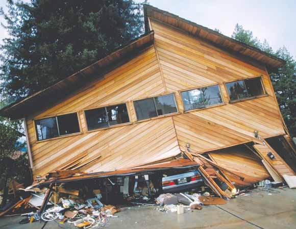6.9 MAGNITUDE LOMA PRIETA EARTHQUAKE