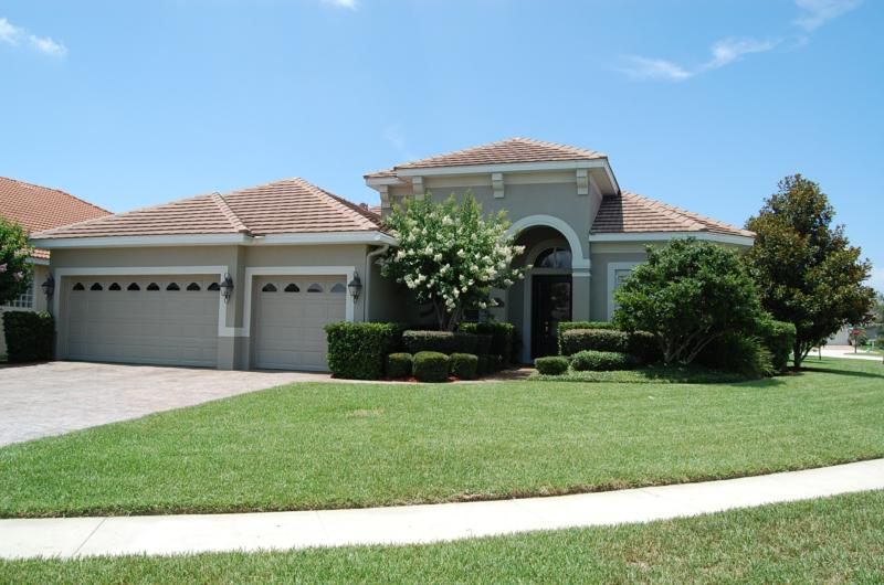 just listed 11662 vicolo loop home for sale in belmere