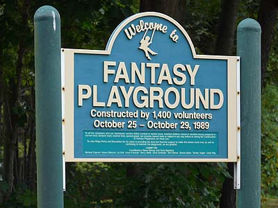 Fantasy Playground Sign in Lake Ridge