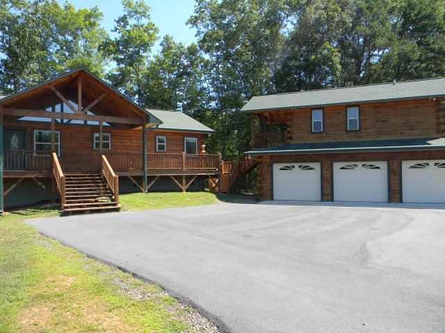 Detached 1 2 And 3 Car Garages In Nc: MURPHY NC 2/3 REAL LOG W/detached 3-Car Garage