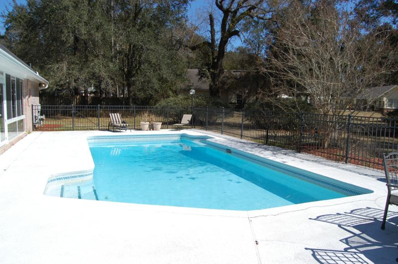 597 glasgow court orange park fl home for sale for Swimming pool trade show florida