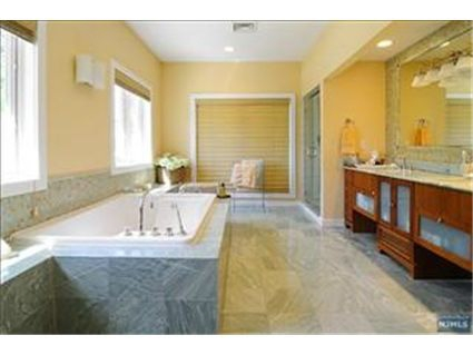 Cresskill NJ House for Sale Master Bath
