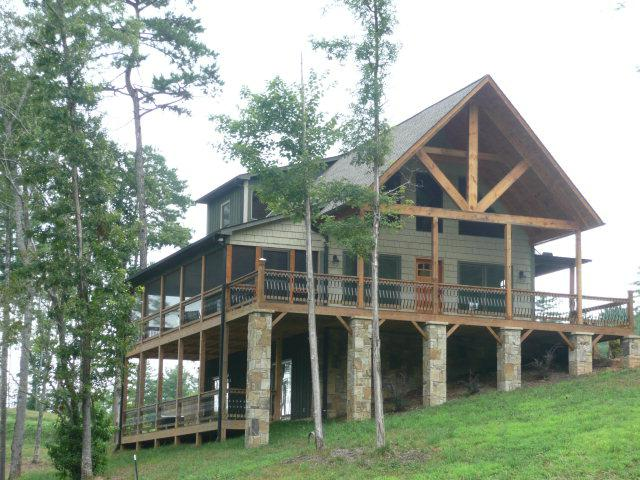 Craftsman Style Architecture Defines This Mountain View