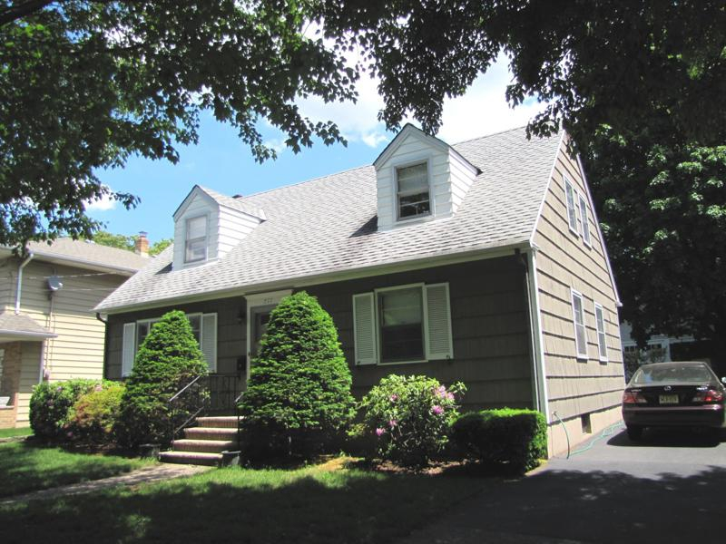 Small homes for sale cape cod an historic cape cod for Cape style homes for sale