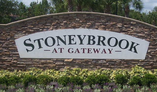 Stoneybrook at Gateway Lakefront
