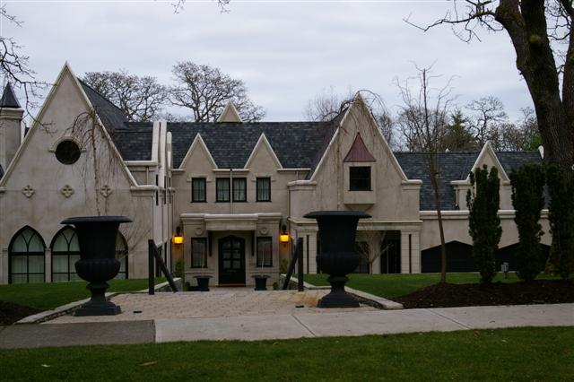 Looking For A Luxury Home In Victoria Bc