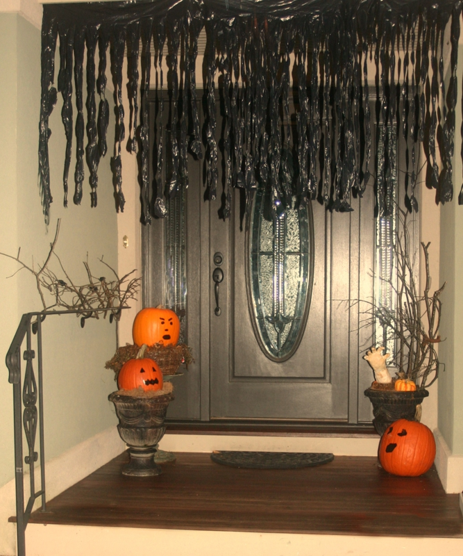 Decorating For Halloween While Your H
