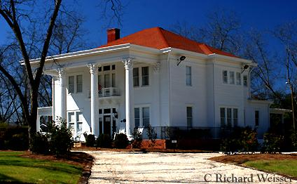 Southern Mansion by Richard Weisser