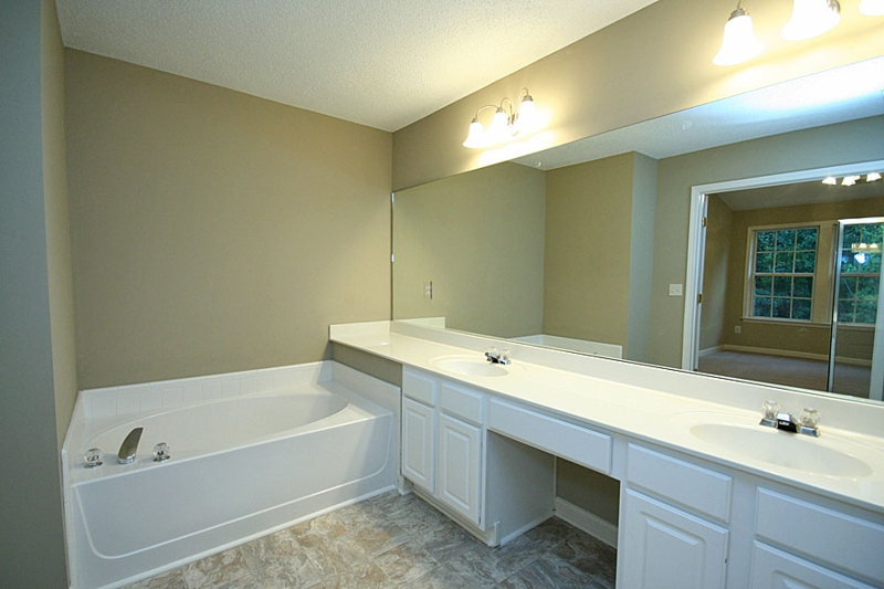 Master Bath Park at Windward