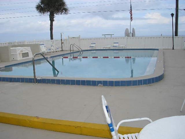 Ocean House Condo Pool