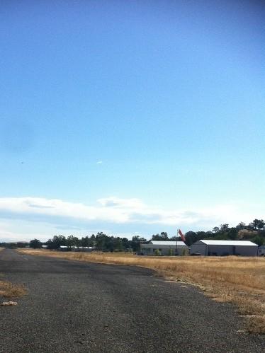 rancho  tehama runway chain real estate airport homes