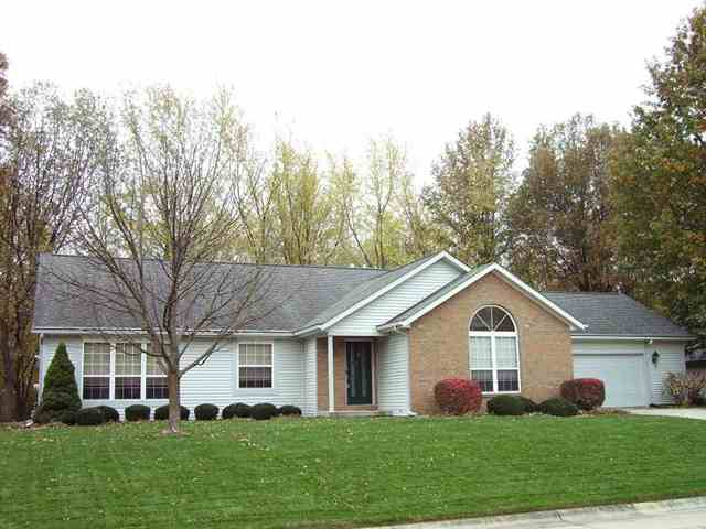 Homes for sale in Lafayette, Indiana with 3 bedrooms 2 1/2 baths with a private and wooded setting for sale by Sharon and Bruce Walter at Keller Williams Realty in Lafayette, IN