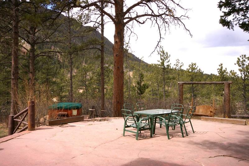 The Rocky Mountain Lodge Cabins Cascade Colorado