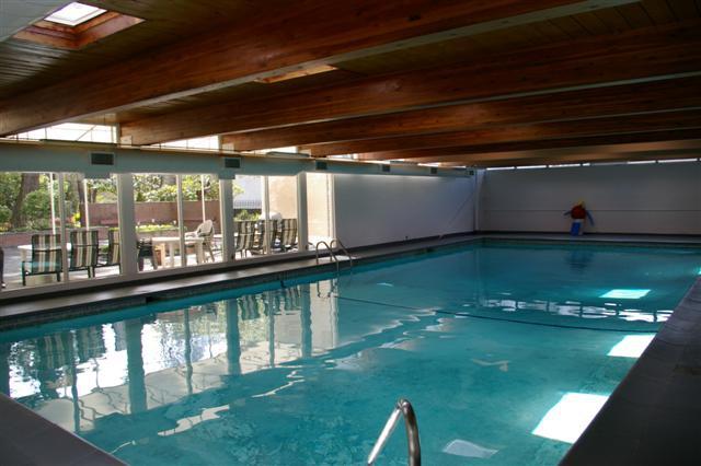 James bay victoria bc top floor one bedroom condo for Virtual pool builder
