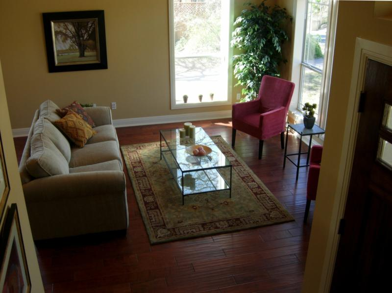 Living Room After Staging - Leslie Olson Interiors - Home Staging Marin