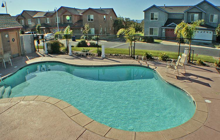 Sunset Oaks Townhomes Community Pool Redding CA