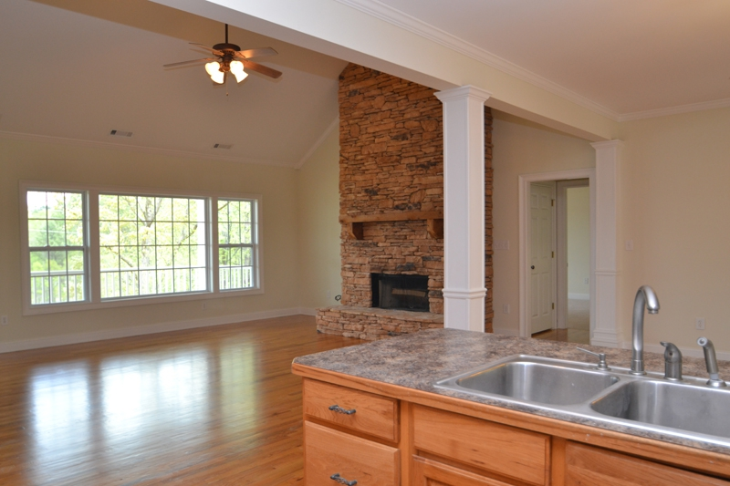 Lake Oconee 1871 Northwoods kitchen view