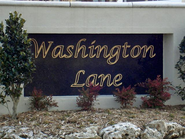 Washington Lane Entrance