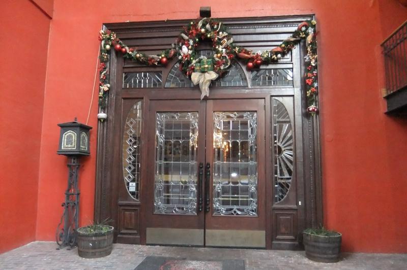 Old SpaghettiFactory front door